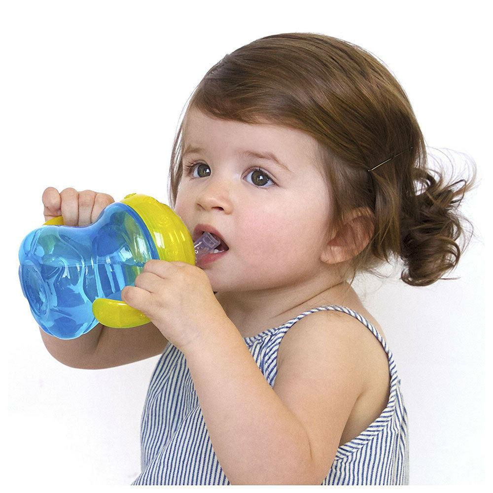 NUBY oz GRIP SOFT FLEX SPOUT SIPPY CUP 4 M+